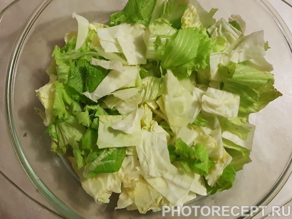 Фото рецепта - Мясной салат с мандаринами и пекинской капустой - шаг 2