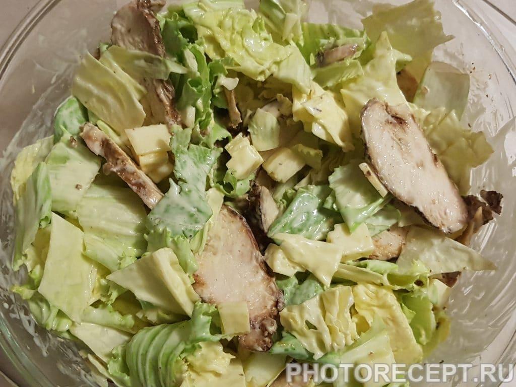 Фото рецепта - Мясной салат с мандаринами и пекинской капустой - шаг 3