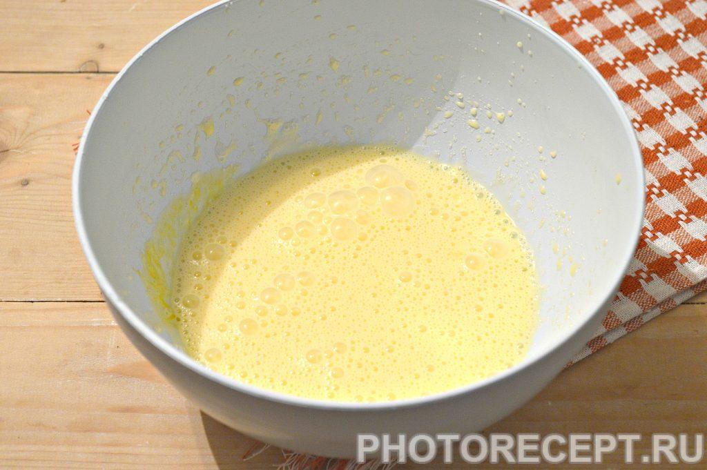 Фото рецепта - Домашние блины на кислом молоке и сметане - шаг 4