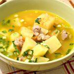 Картофельный суп со свининой и овощами