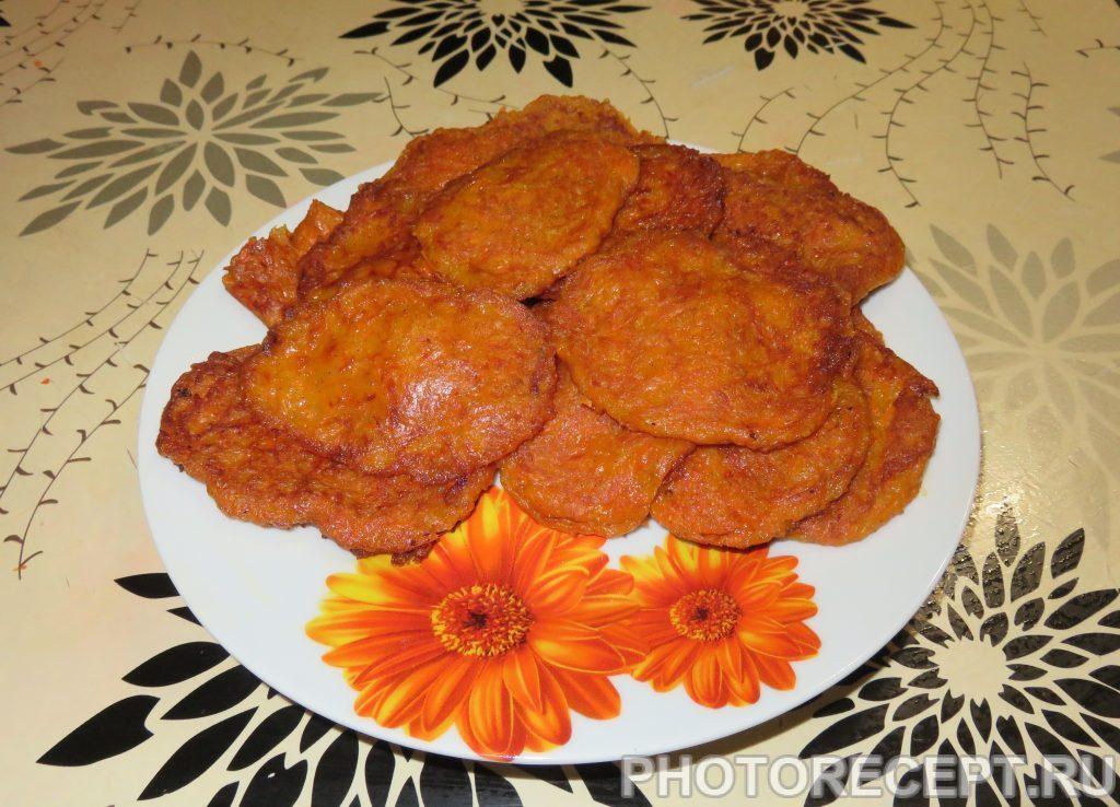 Тыквенные оладьи с корицей - рецепт с фото