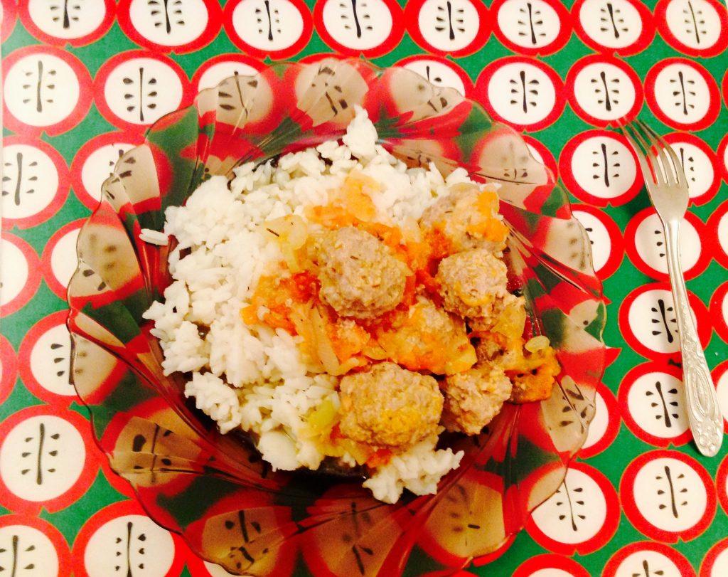 Тефтели в томатном рагу - рецепт с фото