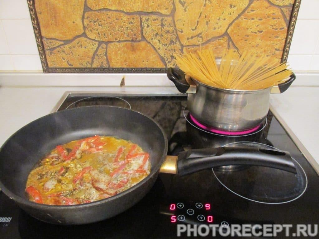 Фото рецепта - Паста «Карбонара» с сыром - шаг 2