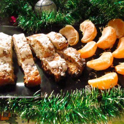 Рождественский кекс штолен из песочного теста - рецепт с фото
