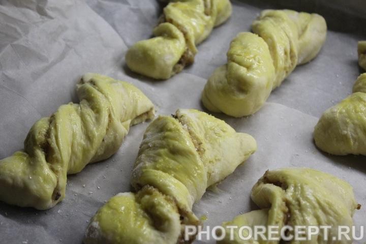 Фото рецепта - Ореховые булочки - шаг 13