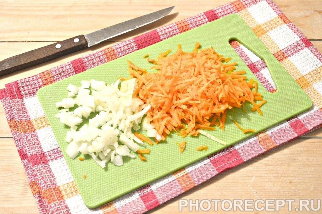 Фото рецепта - Свинина, тушенная с картофелем и огурцами - шаг 2