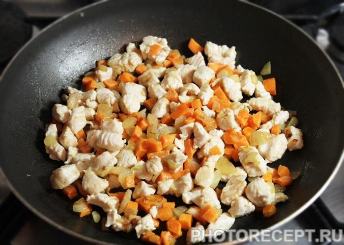 Фото рецепта - Овощной суп Минестроне с индейкой и фасолью - шаг 3