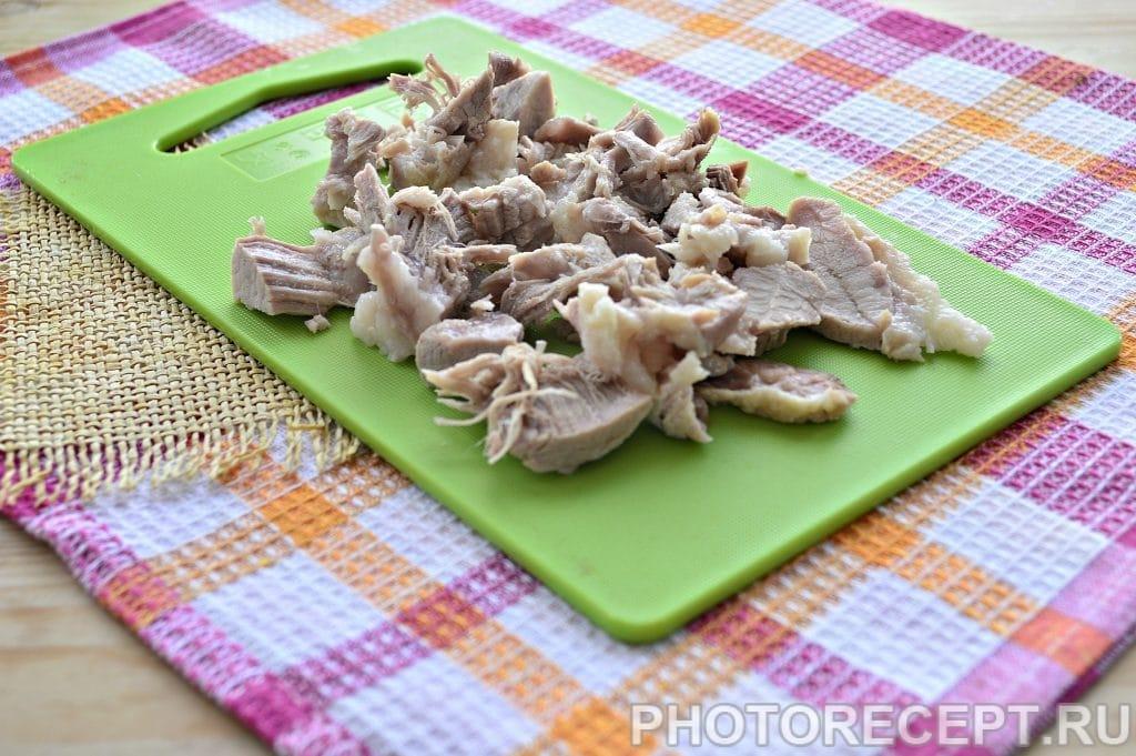 Фото рецепта - Красный борщ со свининой - шаг 6