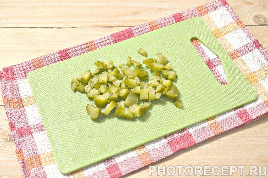 Фото рецепта - Свинина, тушенная с картофелем и огурцами - шаг 7