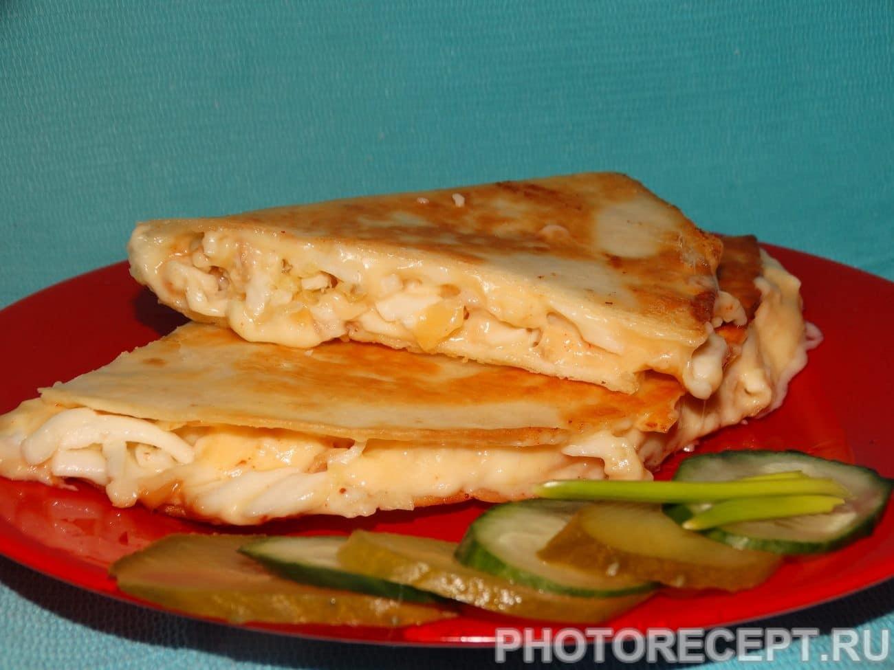Тортилья «Три сыра» с чесноком