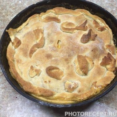 Фото рецепта - Нежное куриное филе с грушами в сливочном соусе - шаг 13