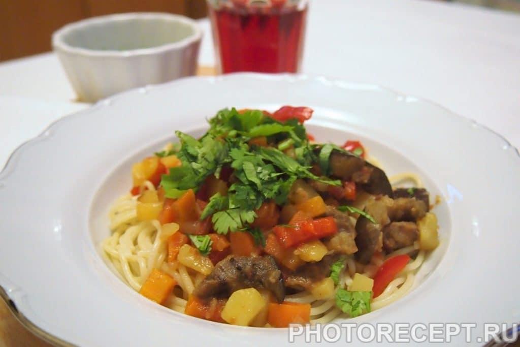 Фото рецепта - Лагман жареный по-узбекски - шаг 11