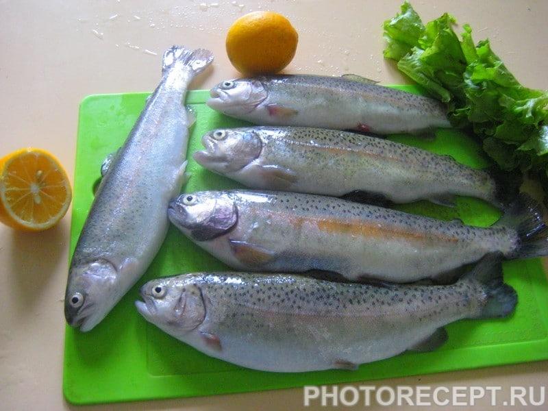 Фото рецепта - Запеченная речная форель с овощами - шаг 1