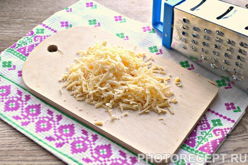 Фото рецепта - Вермишель с сыром и зеленью на сковороде - шаг 2