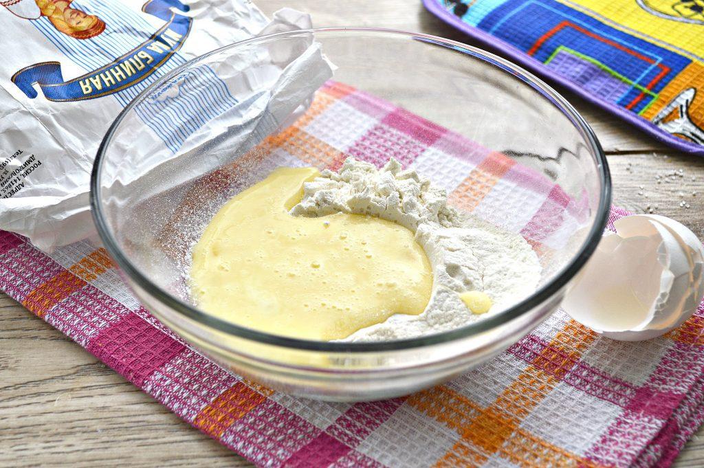 Фото рецепта - Вкусные блинчики из блинной муки на воде - шаг 2