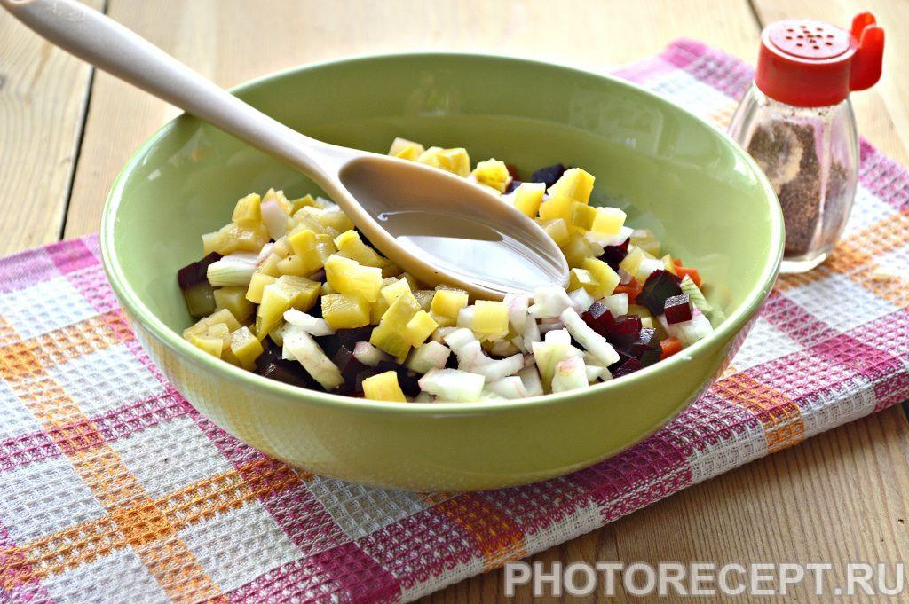 Фото рецепта - Винегрет с солеными кабачками - шаг 3