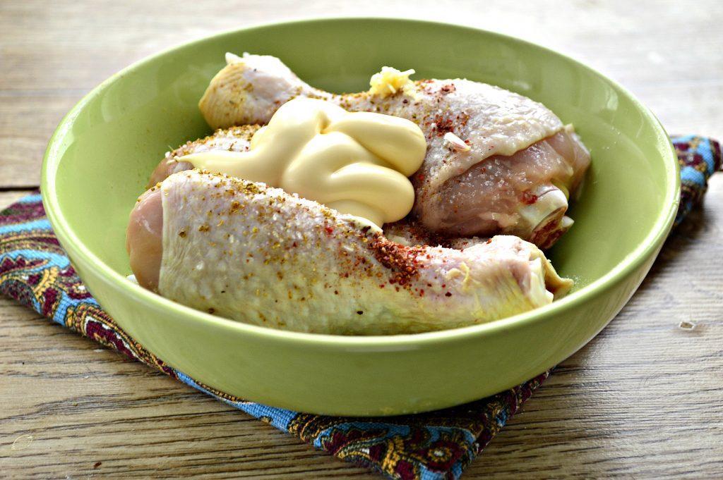 Фото рецепта - Сочные куриные голени в соевом соусе - шаг 3