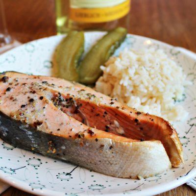 Красная рыба, запеченная в духовке - рецепт с фото