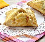 Пирожки с мясным фаршем в духовке - рецепт с фото
