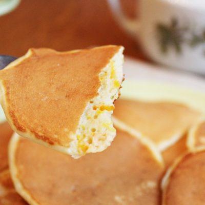 Фото рецепта - Апельсиновые оладьи на дрожжах - шаг 8