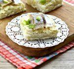 Бутерброды с яйцом и сельдью - рецепт с фото