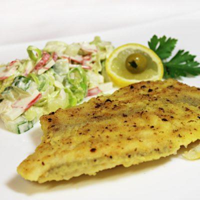 Рыба, жаренная в кукурузной корочке - рецепт с фото