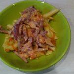 Поджарка из овощей и колбаски к гарниру