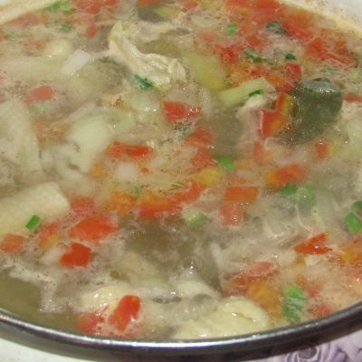 Фото рецепта - Суп с яичной лапшой и курицей - шаг 5