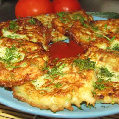 Картофельно-кабачковые оладьи - рецепт с фото