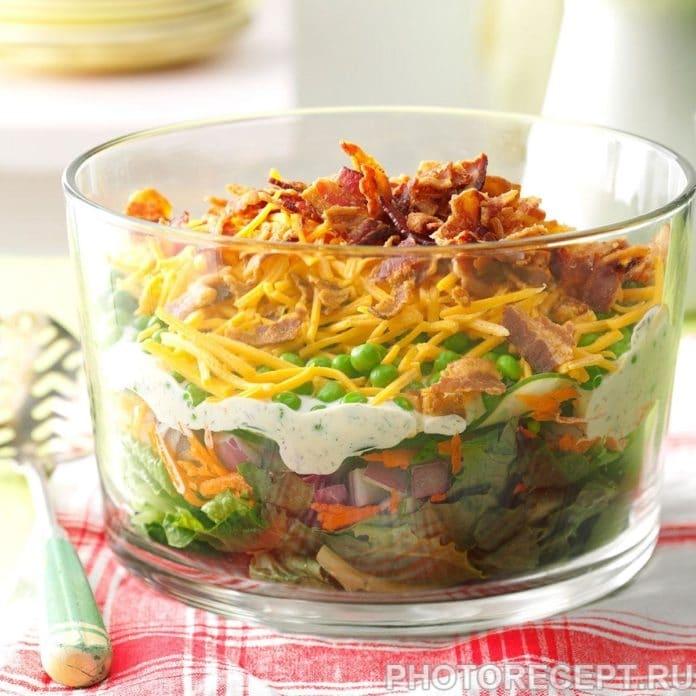 Праздничный салат из языка с горшком, сыром и морковью
