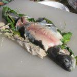 Рыба запеченная в глине