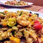 Жареный рис с имбирём, овощами и морепродуктами по-азиатски (ризотто)