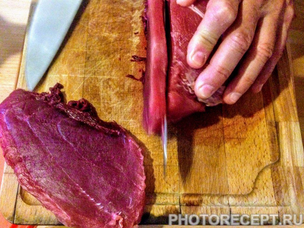 Фото рецепта - Тунец на гриле с ароматной заправкой - шаг 1