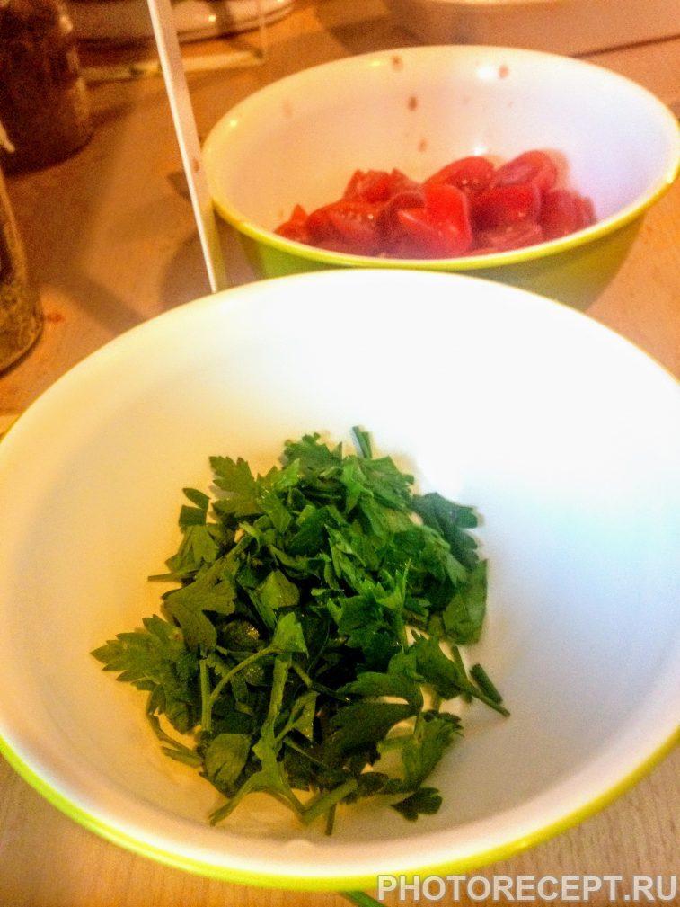 Фото рецепта - Паста с ракушками и томатами вонголе - шаг 2
