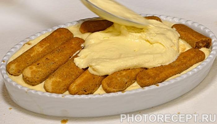 Легкий торт из печенья савоярди с яблочным пудингом