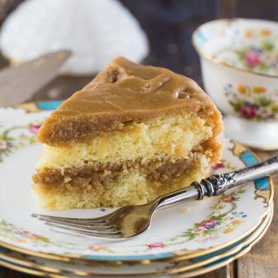Торт на майонезе с вареной сгущенкой - рецепт с фото