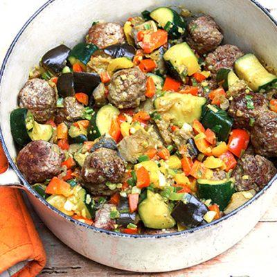 Капоната — овощное рагу с тефтелями - рецепт с фото