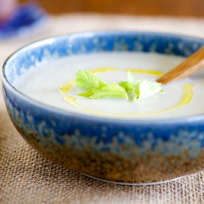 Картофельный суп-пюре с корнем сельдерея - рецепт с фото