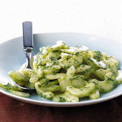 Салат из огурцов с укропом в горчичной заправке - рецепт с фото