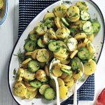 Салат из свежих огурцов и молодого картофеля