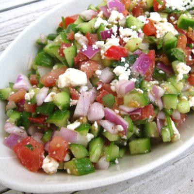 Салат овощной из огурцов и помидоров с сыром фета - рецепт с фото