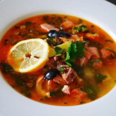 Сборная мясная солянка (суп) - рецепт с фото