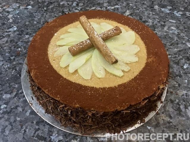 Торт Моцарт с яблоками и шоколадным муссом