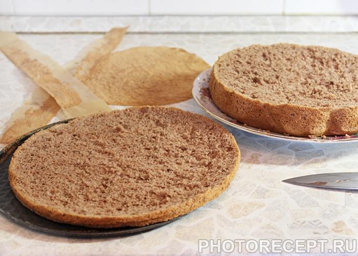 Фото рецепта - Торт «Пьяная вишня» с шоколадной глазурью - шаг 6