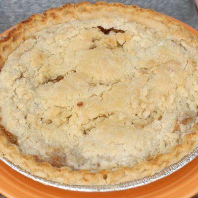 Яблочный пирог «Как у бабушки» - рецепт с фото