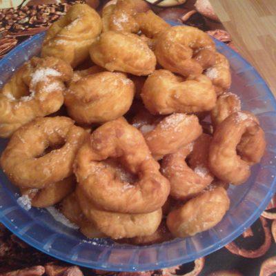 Пончики на дрожжах - рецепт с фото