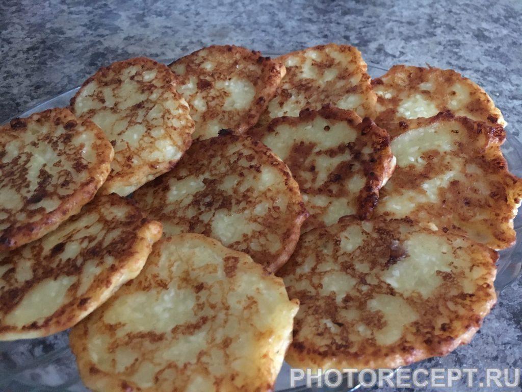 Фото рецепта - Банановые сырники - шаг 7