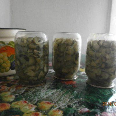 Салат на зиму из огурцов «Неженский» - рецепт с фото