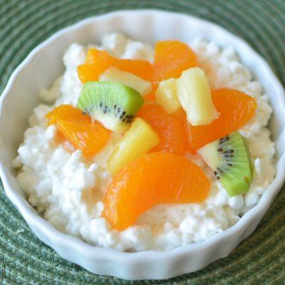 Десерт для детей из творога с фруктами - рецепт с фото