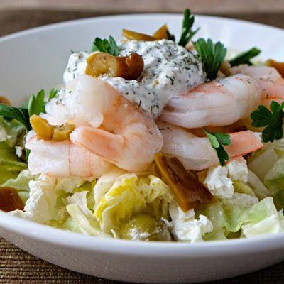 Капустный салат с креветками и сыром фета - рецепт с фото
